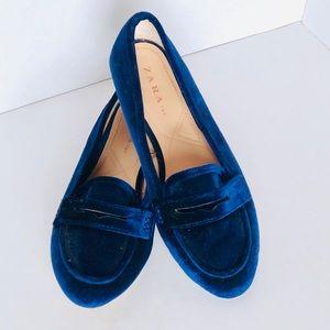 Zara Blue Velvet Loafers Size 7